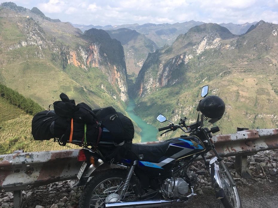 Amazing view from Ma Pi Leng pass