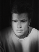 Josh Hartnett absolutely beautiful and sexy in this photo-joshhartnett.tumblr.com