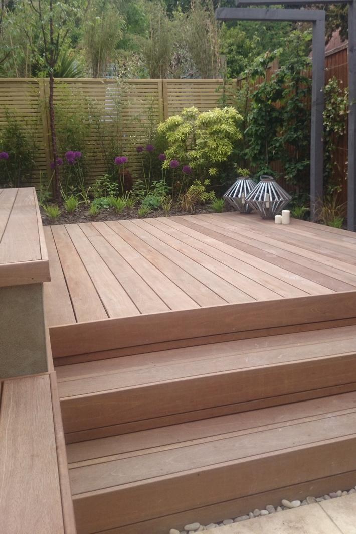 Small garden deck & steps