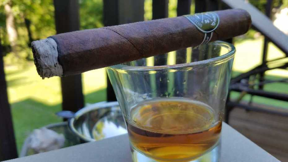 All My Ex lives in Florida, but that's not catchy enough for a song.  A little FdC Reserva to round out the pairing.