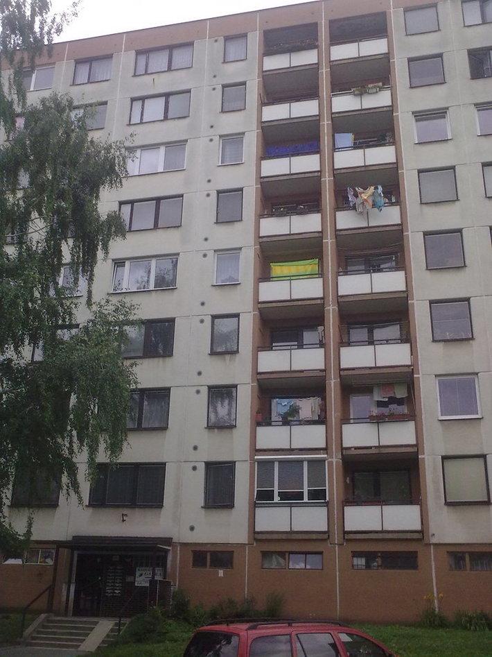 (07-2011) Zlín - Výměna oken bytových jednotek ul.Moravská
