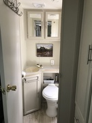 The bathroom is finished. Moved the small photo to here.