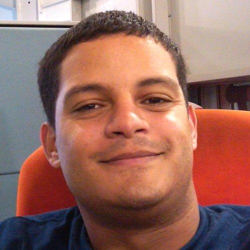 Oliver González