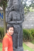 Bro with the Goddess Statue