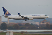 Continental Airlines Boeing 737-824 (N77518)