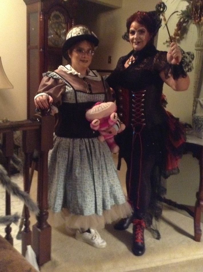 Steampunk Alice & Red Queen