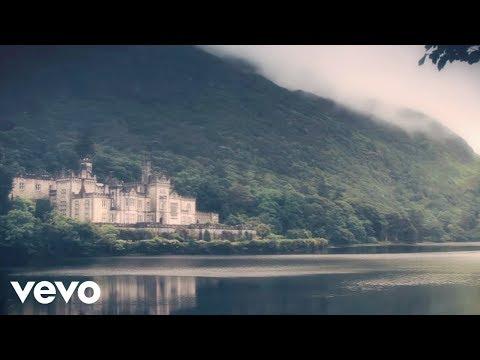 Michel Sardou - Les lacs du Connemara (Lyric Video)