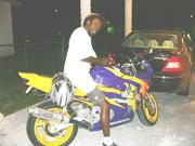 l_REALLY DONT RIDE. THIS MY CUZIN ZAR BIKE.