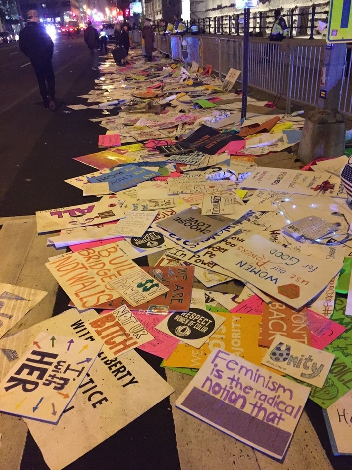 WOW --- LOOK @ all the  TRASH  The WOMEN'S MARCH  Left Behind!