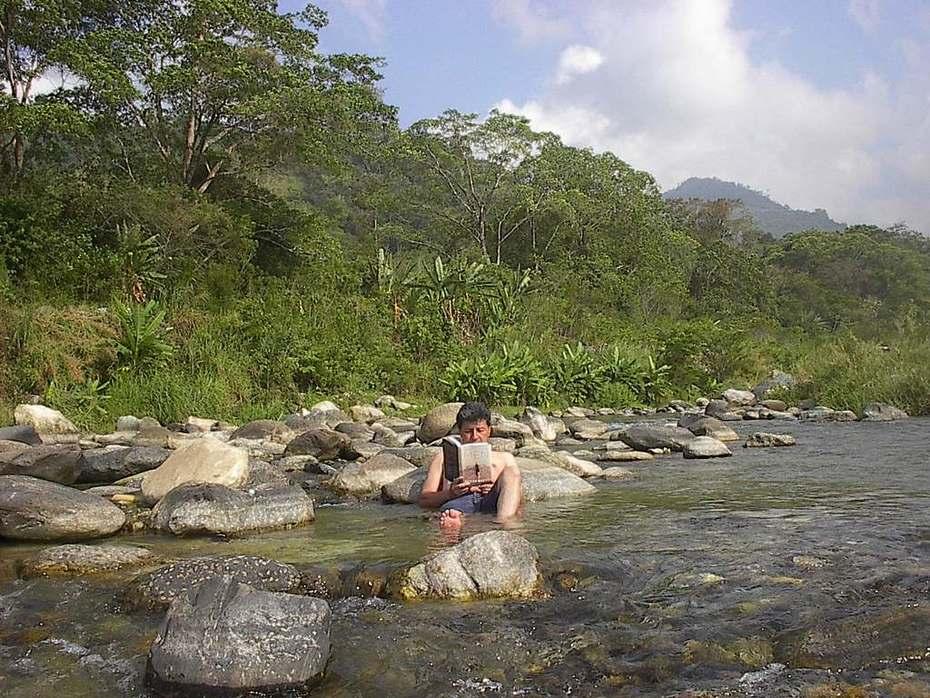 Dia Libre en un rio de Honduras