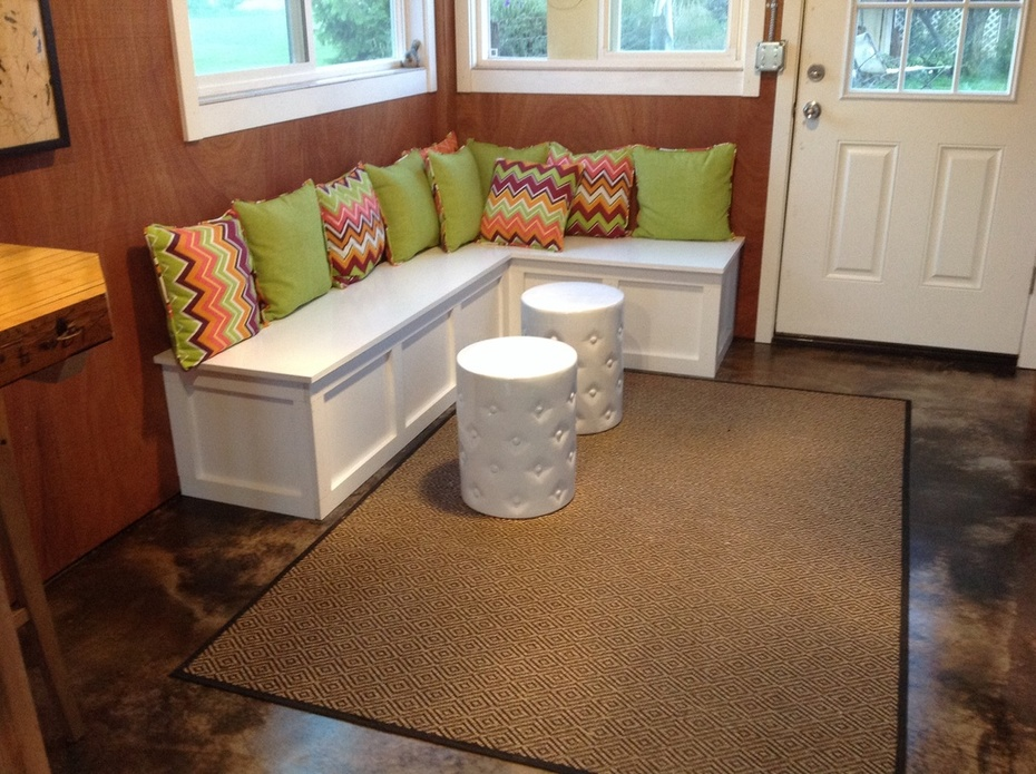 Banquette in Home Brewery/Man Cave