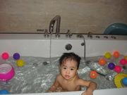 Things that float in my bathtub!!