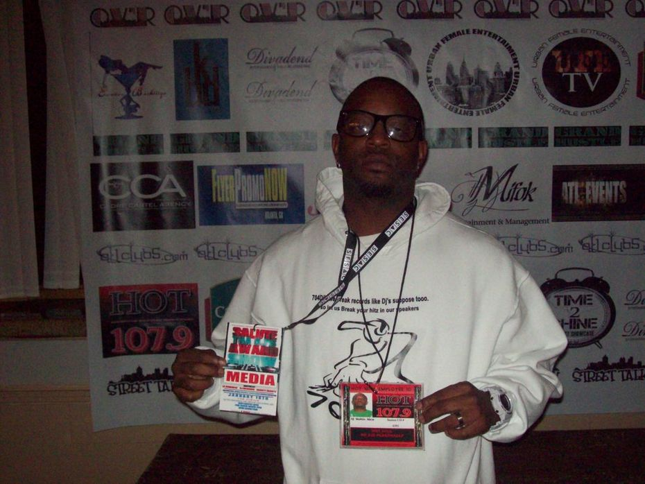 DJ NOTHIN NICE 704DJS AT IN THE ATL SALUTE THE DJS BOW!!