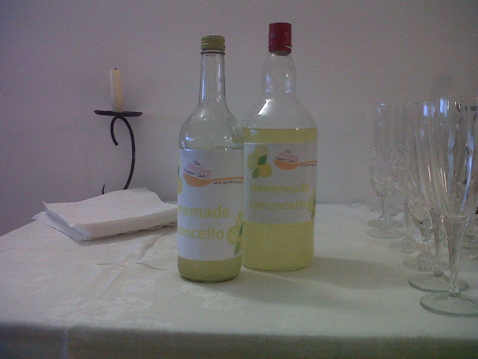 Tuscan Sharing Supper Club: Homemade Limoncello