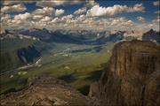montañas, nubes y amplio horizonte