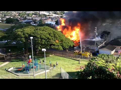 Alewa, Honolulu. House Fully Involved