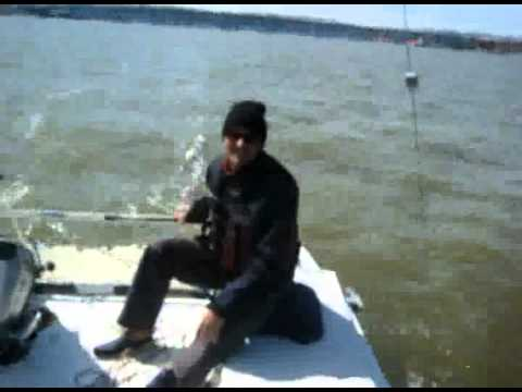Sergio sailing Little Cat.mpeg