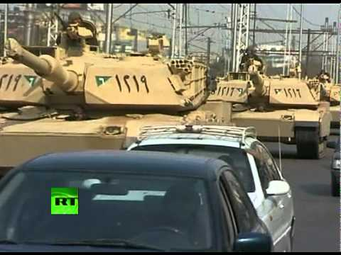 Video of fighter jets & choppers over Cairo as military tries to take control