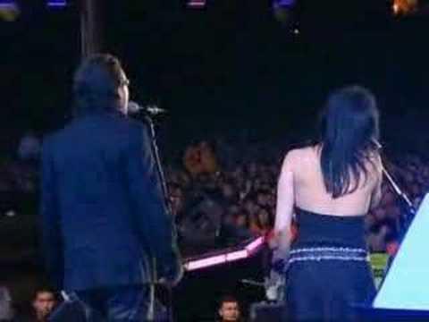 The Corrs & Bono Vox - When The Stars Go Blue