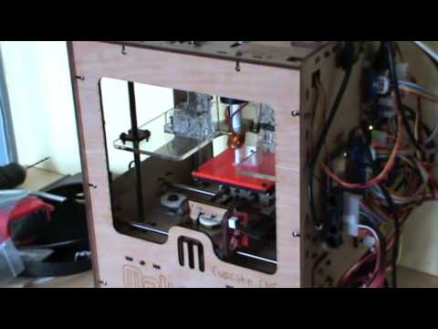 Better Living With MakerBot - Episode 1: Kitchen Lamp