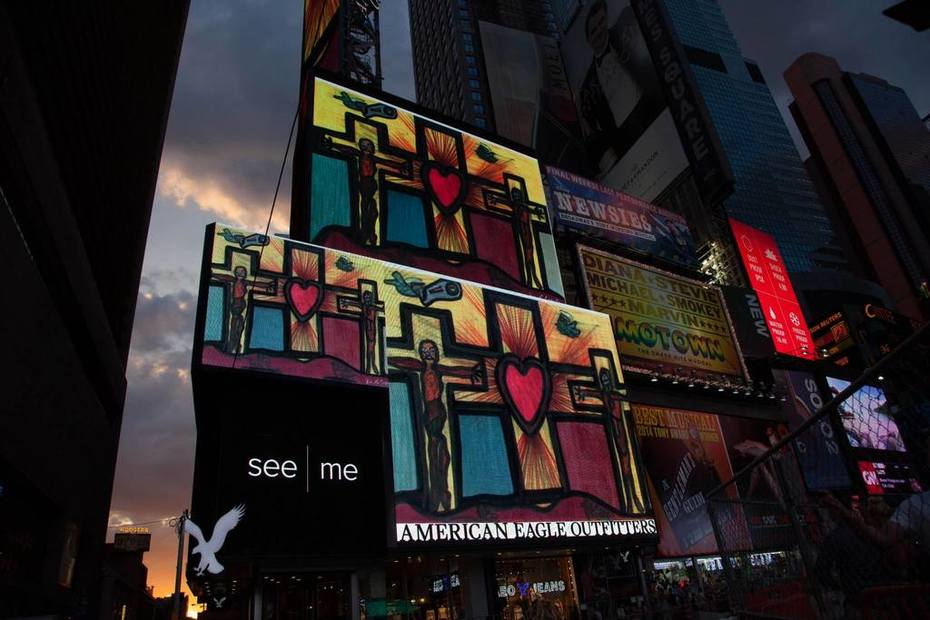 Artist Darrell Black work displayed in New York's Times Square July 2014 (2)
