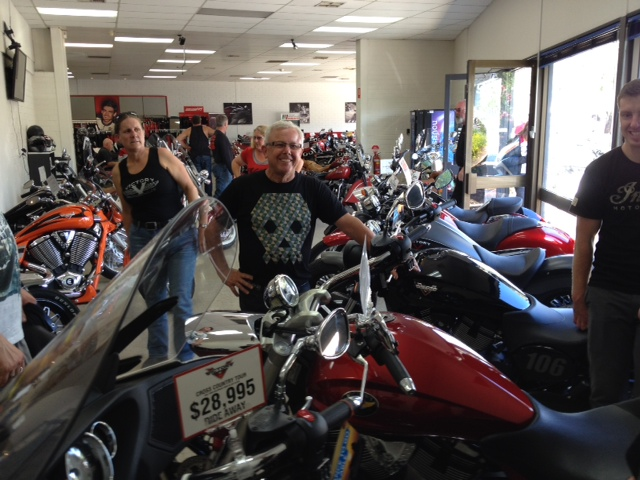 2015 AVR-SA, Day 6, Touch Down quick visit 'Victory Motorcycles' Adelaide that Cross country looks pretty good Ray!