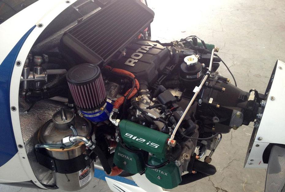 Rotax 912S Fuel Injected - Zenith Aircraft Builders and Flyers