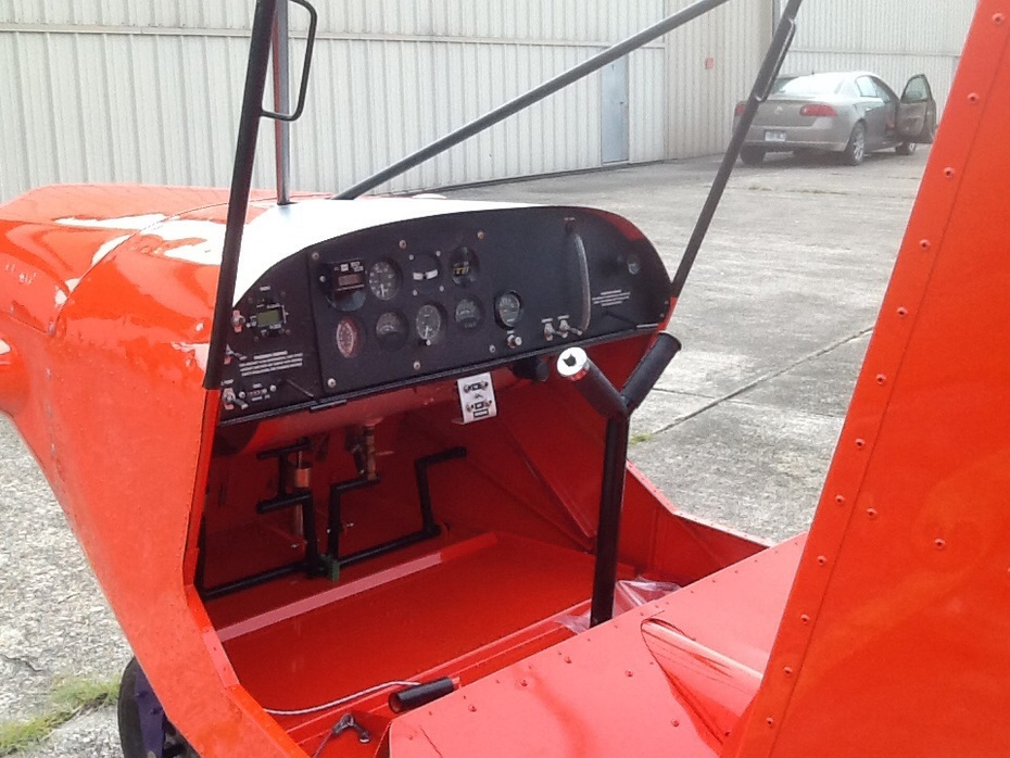 STOL CH 701 cabin
