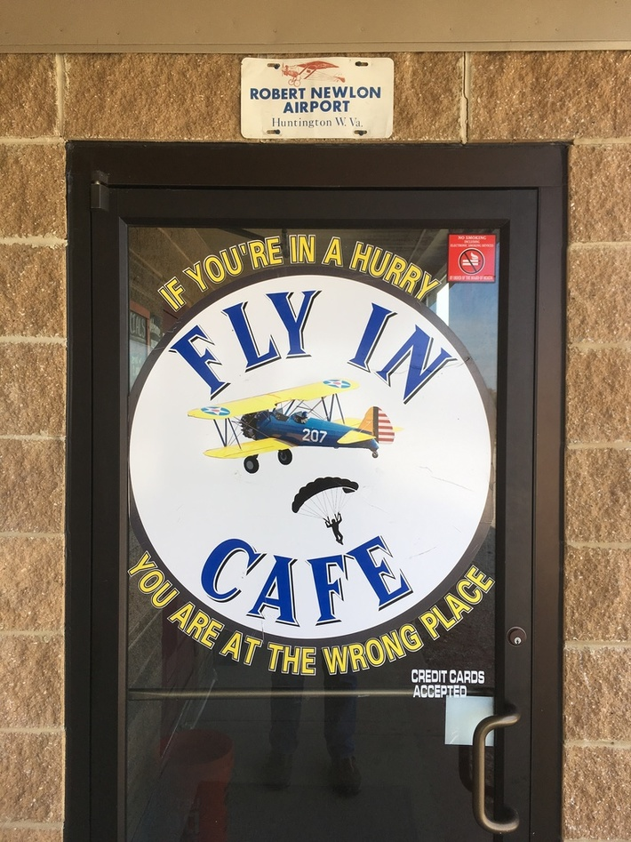 Fly In Cafe