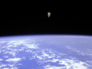 astronaut_space_walk_free_fly