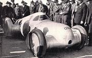 Streamlined_Auto_Union - Hans Stuck in Italy