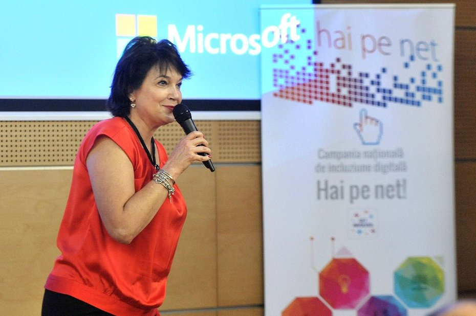 Hai pe net! 2018 event in Bucharest_ presentation made by Gabriela Matei_ Microsoft Romania GM