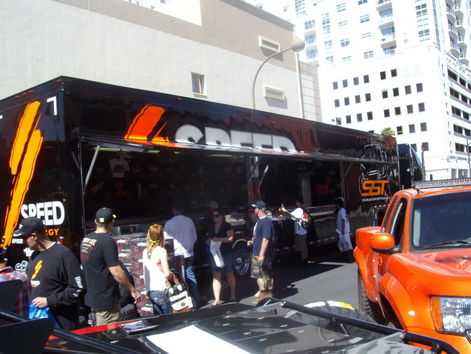 Business Good At SPEED Trailer 2014 - Mint 400