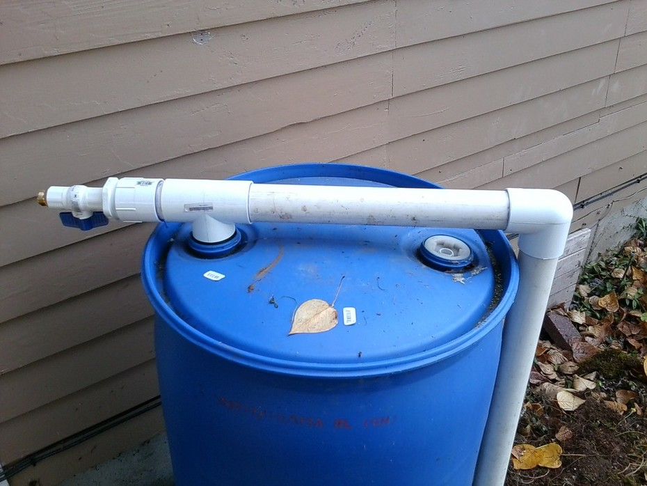 Ehben Eliot Rain Barrel Piping 2