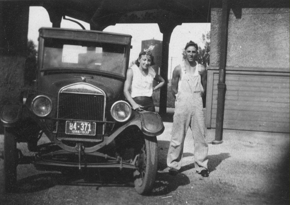 Iowa 1932 Ruth and Fred Nagel