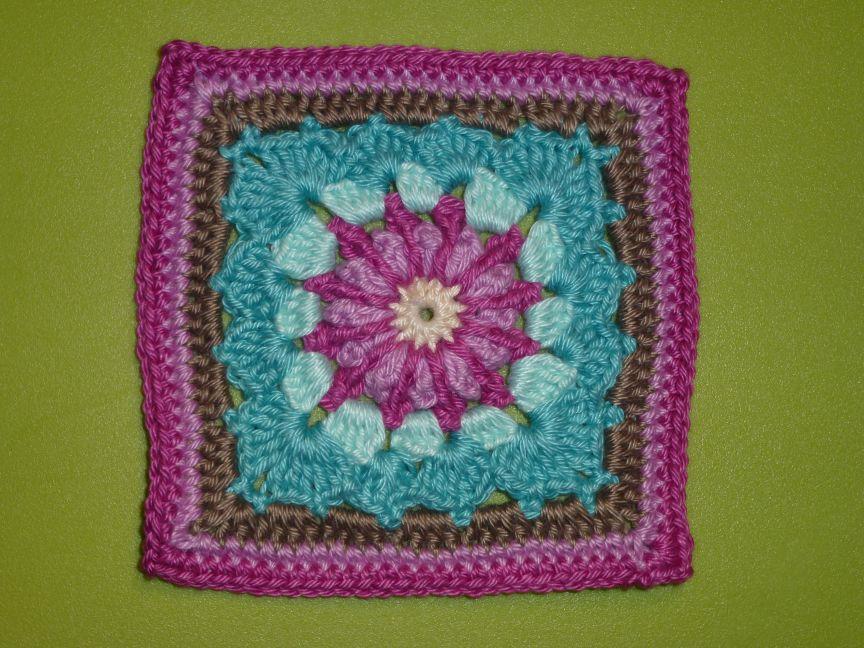 22.12.2014 Chrochet Mood Blanket - June Square