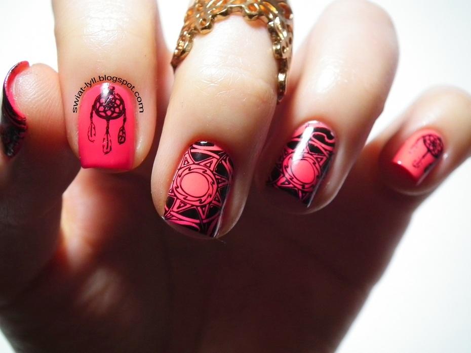 Pink aztec