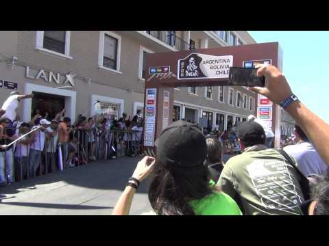 Robby Gordon jumped at Iquique! Dakar 2015