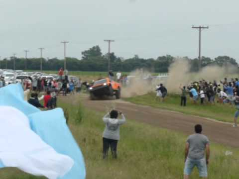 Robby Gordon en tres ruedas por Baradero. Rally Dakar 2015