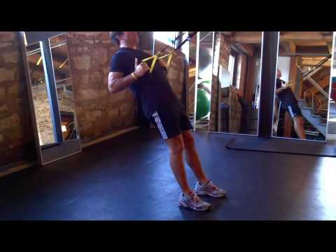 TRX Squat & Row