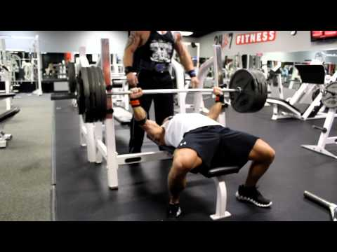 BOAD Phillip Brewer benchpress 455 for 3 reps 'Kings of Bench' training 165 & 181 RAW powerlifter