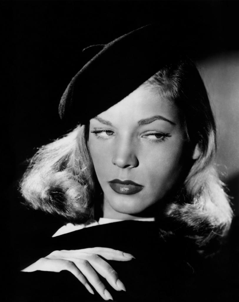Lauren Bacall - The Big Sleep