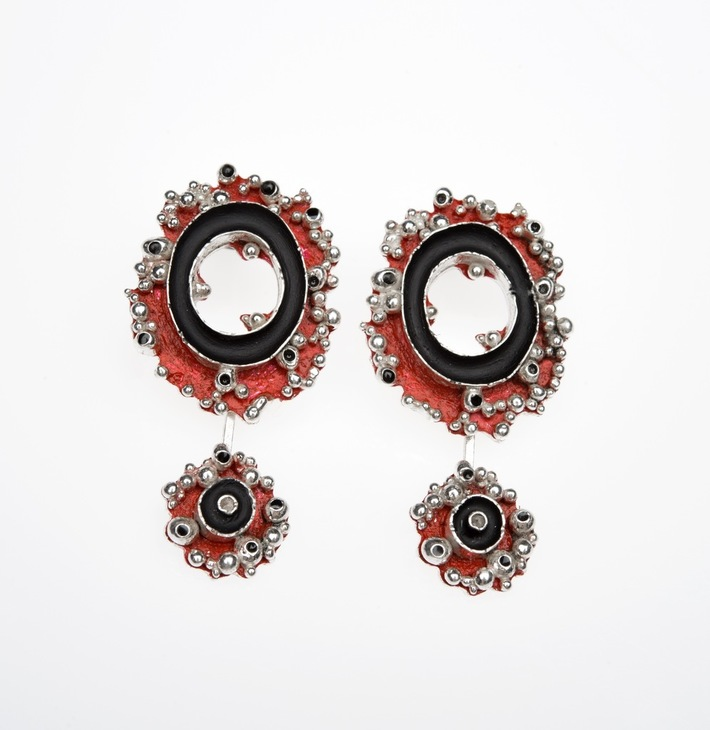 Entropy Two tier studs