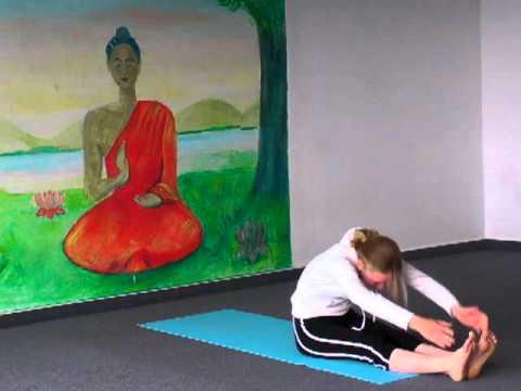 Yoga-Vorführung mit der 14-jährigen Mirjam