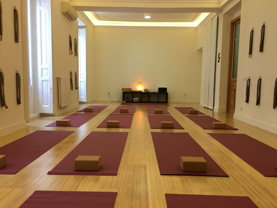 Main Room Sweet Home Yoga Madrid