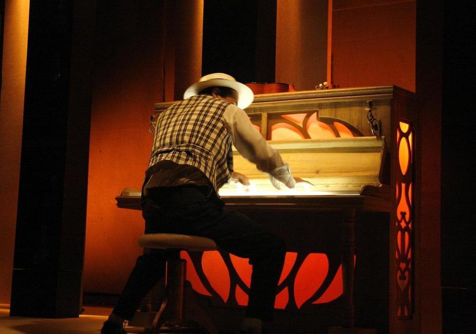 No Piano da Patroa - Zequinha de Abreu ao piano