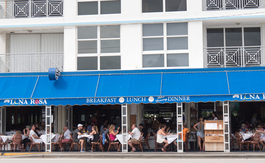 Caffe Luna Rosa is open Friday, Oct. 7
