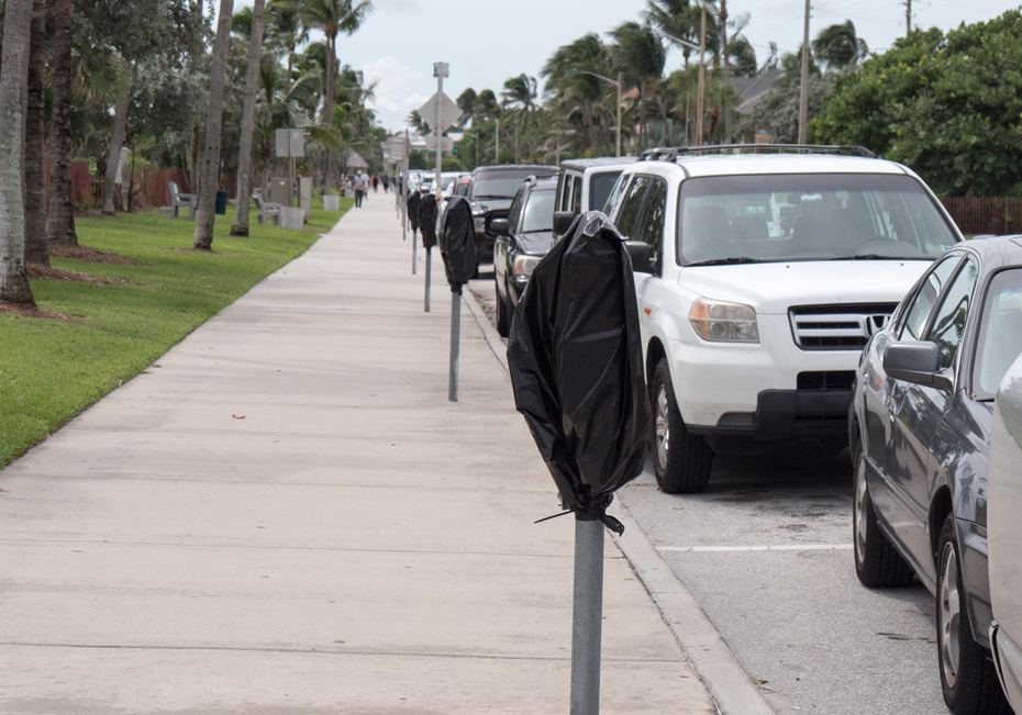 Free parking along the beach in Delray on Friday, Oct. 7