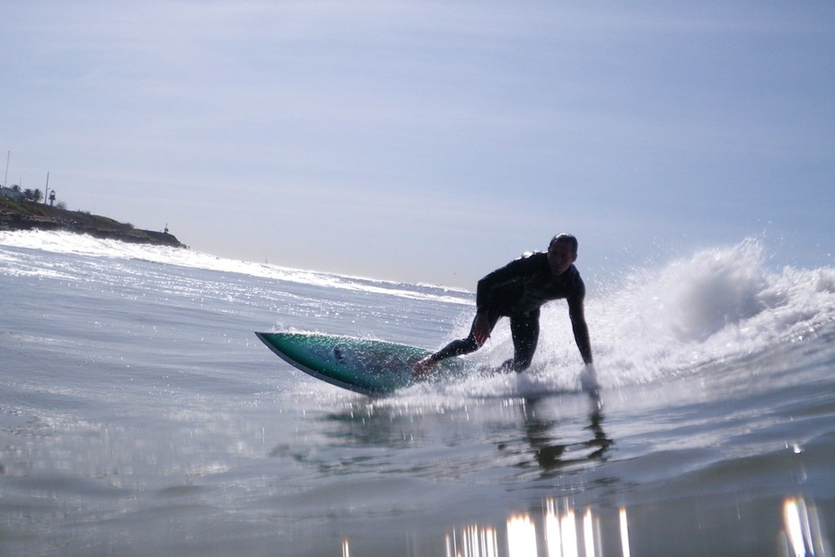 Surfers on Dunuts