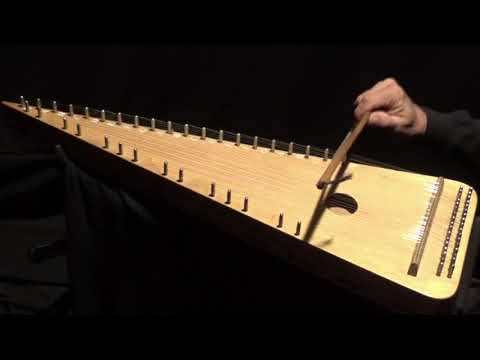 """DOROGOI DLINNOYU"" on Bowed Psaltery"
